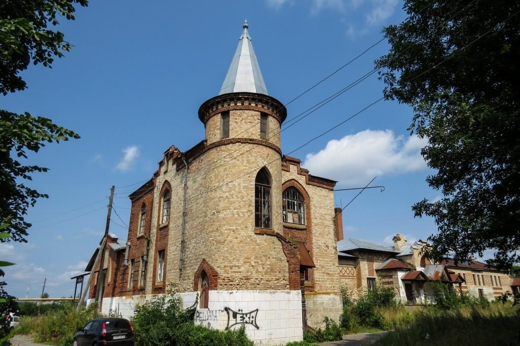 Замок Храповицкого, Храповицкий, усадьба, Муромцево, замок в Муромцево, флигель, конюшни