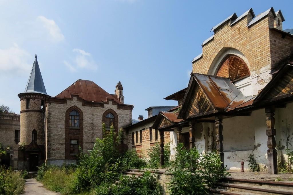 Замок Храповицкого, Храповицкий, усадьба, Муромцево, замок в Муромцево, конюшни, скотный двор
