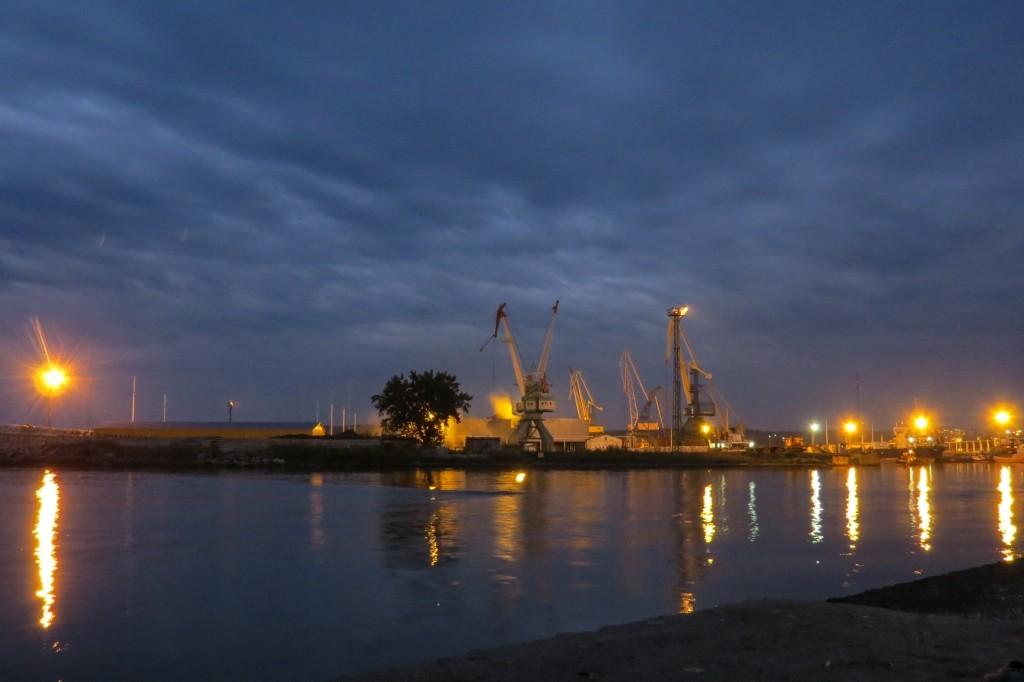 Керчь, Крым, ночной порт, море