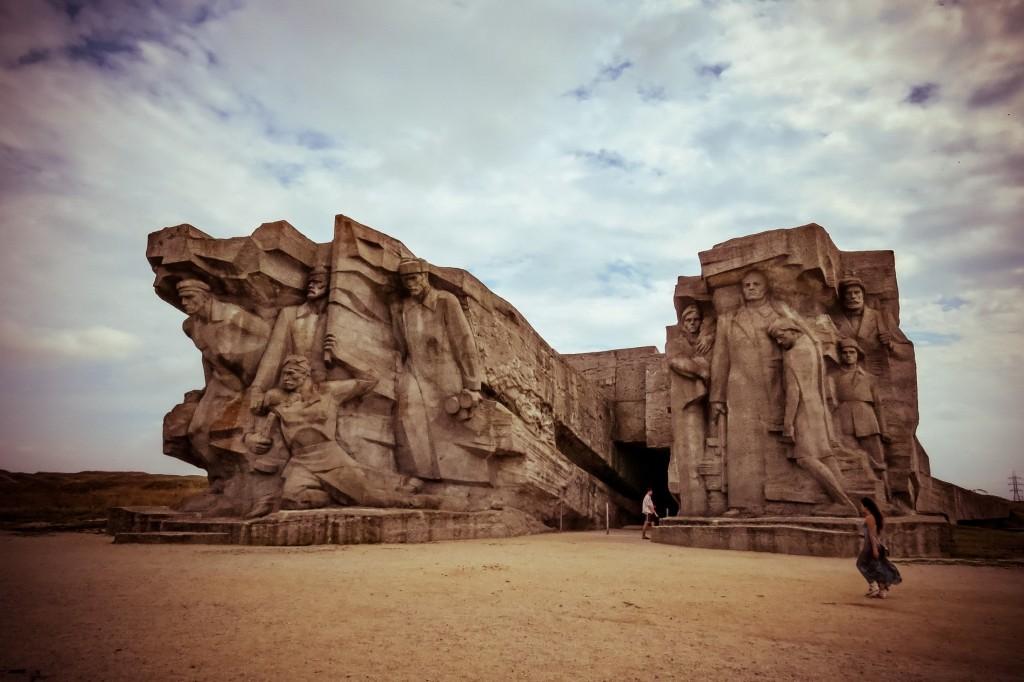 Аджимушкайские каменоломни, оборона аджимушкайских каменоломен, Керчь