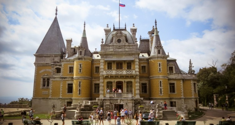 Массандра, Крым, дворец Александра