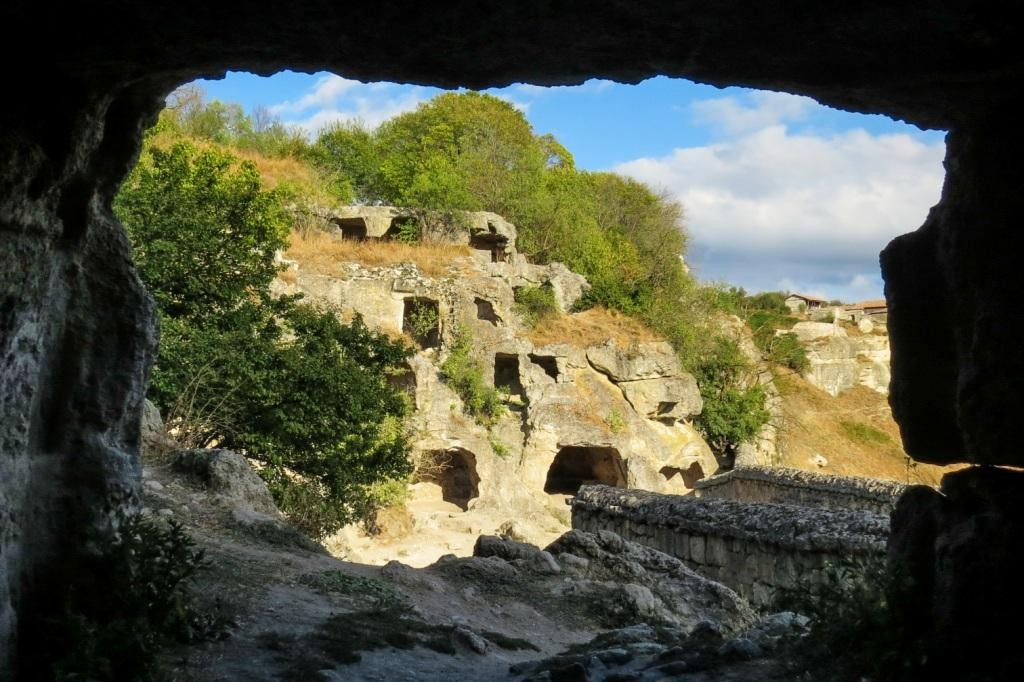 Чуфут-Кале, пещерный город, Бахчисарай, Крым