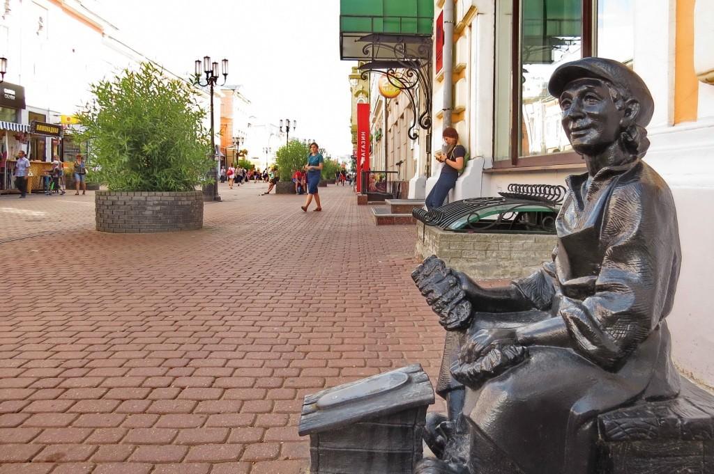 Нижний Новгород, Большая Покровская, Покровская, Покровка, достопримечательности, памятники, чистильщик обуви, пешеходная улица