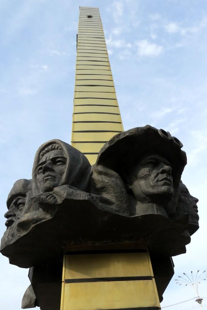 Волгодонск, стела, достопримечательности, старый город, площадь победы