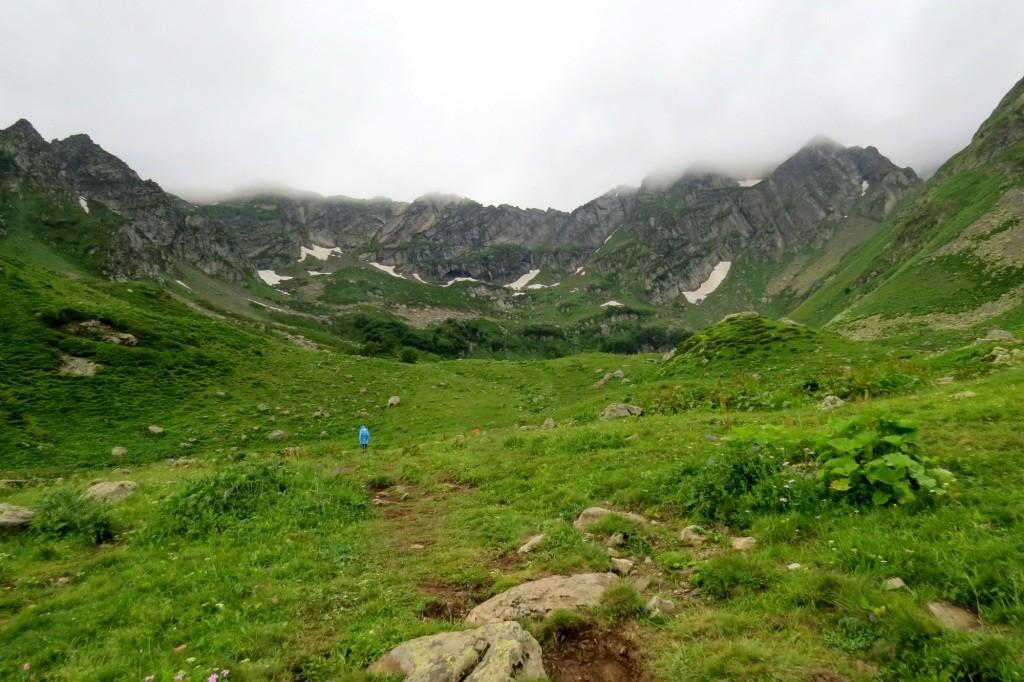 Озеро Мзы, Кавказ, Абхазия, поход, поход в горы, поход к Мзы, горное озеро