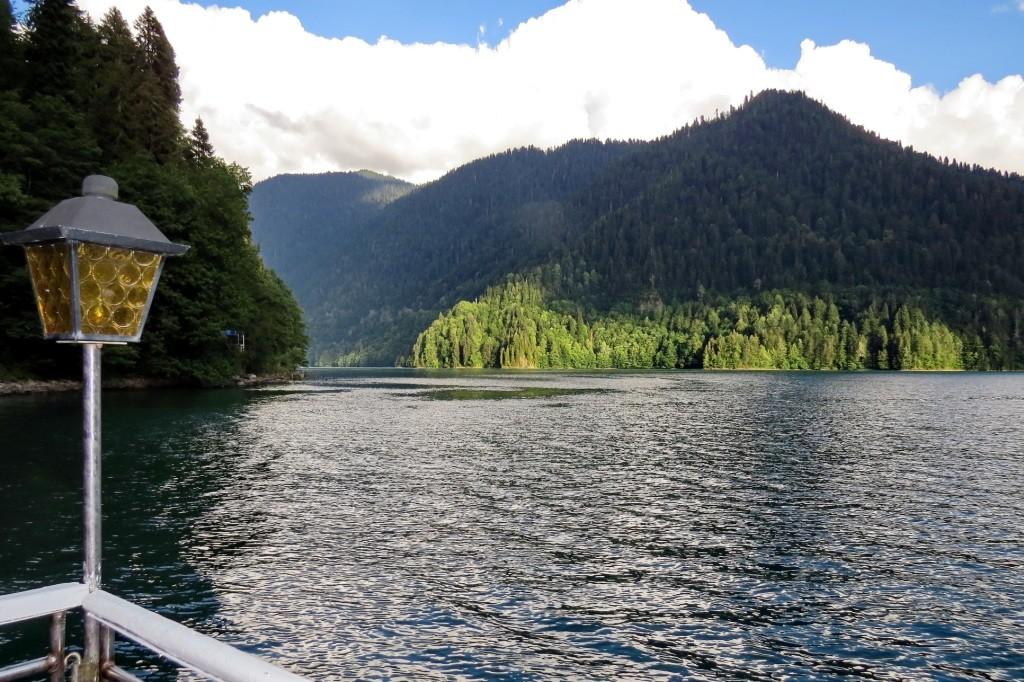 Дача Сталина, озеро Рица, Кавказ, Абхазия, поход, поход в горы, Рица, горное озеро