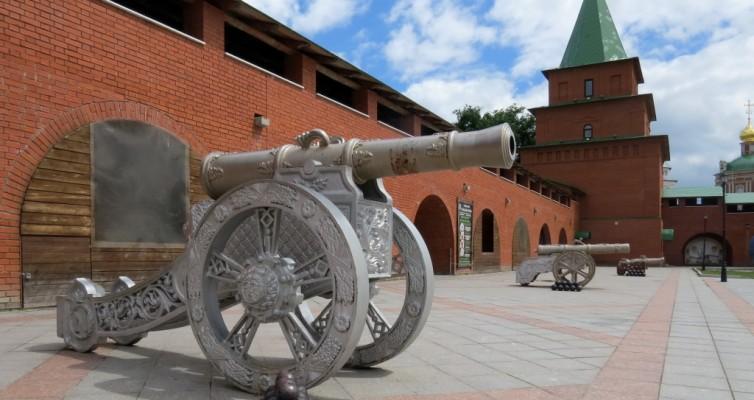 Царевококшайский кремль, Йошкар-Ола, Марий-Эл,, пушки